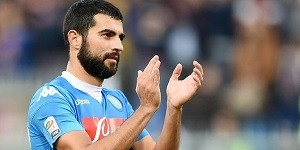 Raul+Albiol+Genoa+CFC+v+SSC+Napoli+Serie+IToGr54gt_-x