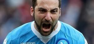 Gonzalo+Higuain+SSC+Napoli+v+Carpi+FC+Serie+nQWBCR45Q6yx